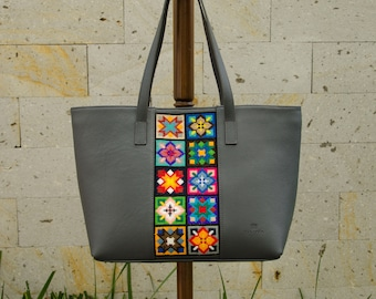 Embroiderd Leather Tote bag Grey- Wixárika Mexican Art