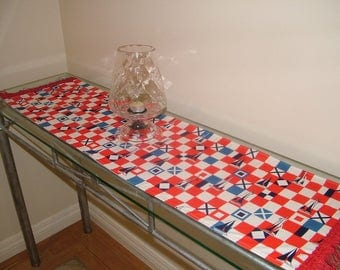 TABLE RUNNER - Yacht Club Flags