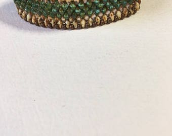 Beaded bracelet, antique brass box clasp, green beads, brown beads,one of a kind bracelet, lightweight bracelet. flexible bracelet
