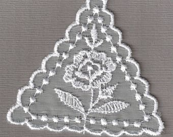 5 x Embroidered Organza Triangle Motif 70x70mm in White