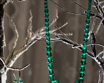 Statement Emerald green beaded necklace with earrings