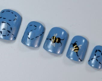 10 Cute Bee Nails, Press On Nails, Glue on Nails, Full Coverage Nails