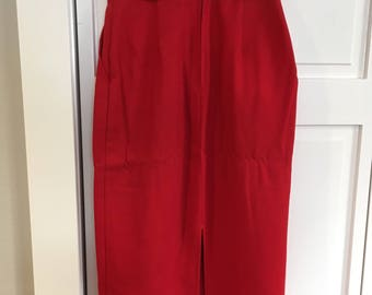 Highwasted red pencil skirt