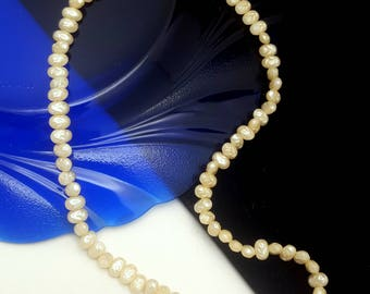 """Vintage Faux Freshwater Pearl Choker Necklace - 16"""""""