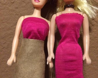 Barbies with outfit sets, 6 pieces