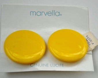 Vintage Marvella Lucite Yellow Earrings New with Tags and Bag