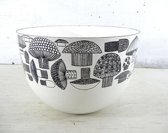 Finel Bowl | Finel Enamel Mushroom Bowl | Black White Mushrooms | Finnish Enamel Bowl | Finel Finland | Finel Mushroom Bowl