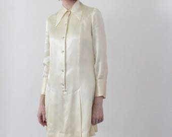 The Pearl | 1960s Pearly White Mod Mini Dress | Vintage 60s Rhinestone Button Mini Holiday Party Shirtdress | Small S