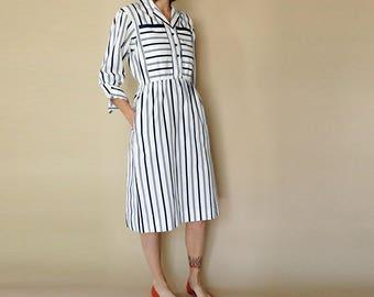 vintage NAVY + WHITE striped shirt dress S-M