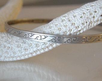 """Vintage Art Deco Scroll Sterling Silver 925 Solid Bangle Slip on Bracelet 7.5"""""""