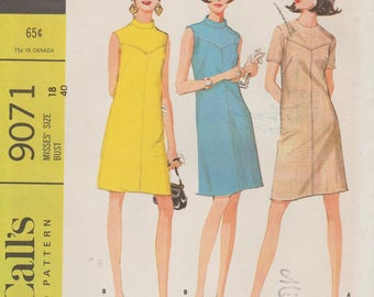 McCalls 9071 / Vintage 60s Sewing Pattern / Dress / Size 18 Bust 40