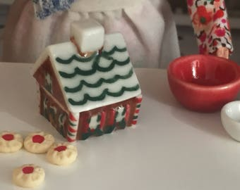 Miniature Gingerbread House Cookie Jar, Ceramic Cookie Jar, Dollhouse Miniature, 1:12 Scale, Dollhouse Accessory, Holiday Decor, Mini Jar