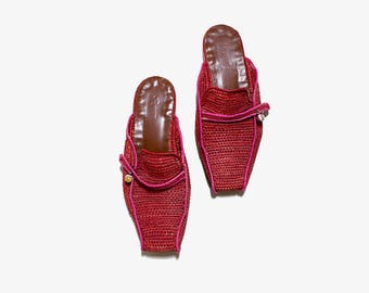 Vintage Woven Mules 6 / Red Woven Slides / Woven Slip Ons / Raffia Sandals / Woven Sandals
