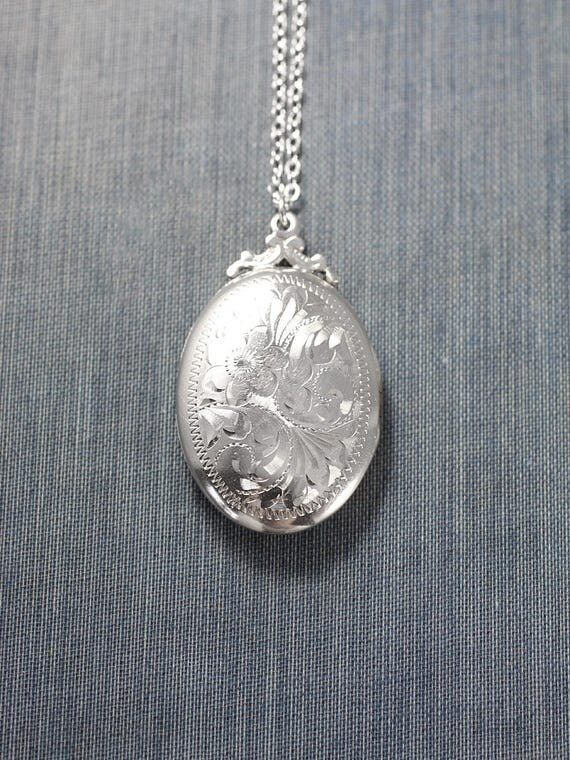 Sterling Silver Locket Necklace, Vintage Two Photo Oval Pendant - True Romantic