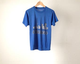 vintage fade CHICAGO super thin skyline blue & silver vintage 80s t-shirt