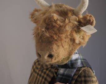 Highland Cow Mask - handmade / felt / felting / needle felted / alpaca wool / fiber arts / halloween / costume / mask / cow / artist / byrae
