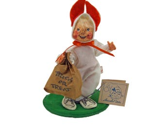 Adorable Vintage AnnaLee Doll Trick-or-Treat Child in Bunny Costume Dated 1985 Vintage Halloween With Original Tag