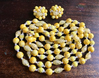 "1960's Vintage Long Lemon Yellow Plastic Beads & Clip On Earrings - Festival Wear - Bohemian boho Chic - Hippie - 42"" long flapper beads"