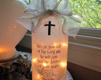 wine bottle with lights,lighted wine bottles,Christian gifts,Scriptures,Bible verses,lighted bottles,religious gifts,wine bottle lamps,lamp
