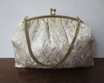 Vintage '50s/'60s Plush Gold Brocade Kiss Lock Purse w/ Gold Chain Handle
