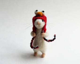 Needle felted Mouse in Elmo hat