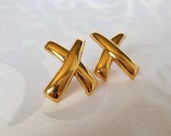 Monet Gold Tone Earrings, Monet Earrings, Monet Gold Earrings, Gold Earrings, Earrings