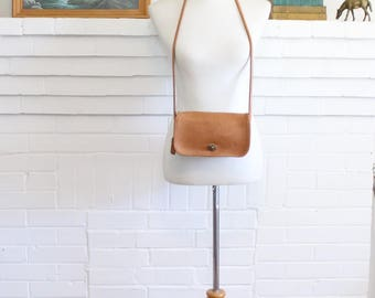 Vintage Coach Bag // Dinky Tan Purse USA // Crossbody Handbag
