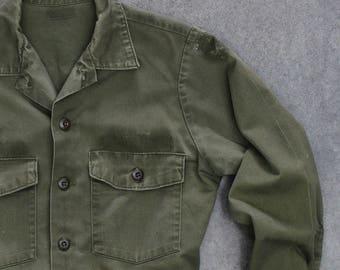 Green Army Jacket Vintage Grunge Size MEDIUM | Heavy Shirt Vietnam Era 1970s Mens Womens Unisex | 7ND