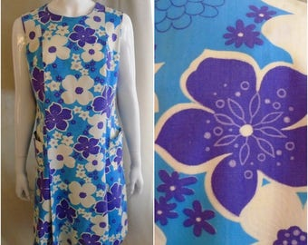 Vintage 1960s Dress Hawaiian Print Scooter Dress Cotton Sleeveless Blue and Purple Large 40 x 38 x 42