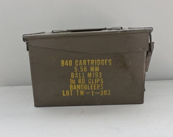 Vintage US Military Ammo Can Metal Storage Box Ammo can ammunition box