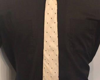 Vintage MENS 50s-60s Prince Consort black & ivory button-down silk skinny tie