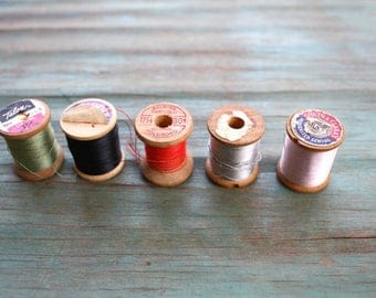 Mini Collection of Vintage Threads, Wooden Spools, Vintage Embroidery Thread, Vintage Spools, Craft Supplies, Sewing, Vintage Notions