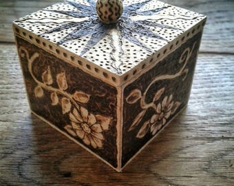 Small Wooden Trinket Box with Flower Motif, Pyrography OOAK
