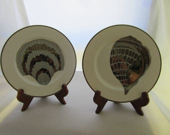 "FITZ & FLOYD Retired 1980 Silver Shell Plates Titled ""Coquille  Platinee"""