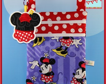 Disney Minnie Small Crossbody Bag With Applique Felt Dangle/Keychain