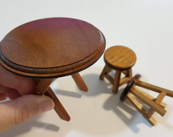 Miniature Simple Round Table & Chairs (Foldable table)