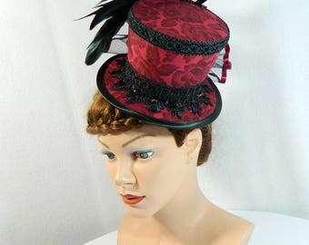 Tophat red roses Minihat Fascinator Gothic Hat Burlesque Cocktail Derby Bibi Chapeau black Victorian Steampunk Bridal Hat Church Wedding