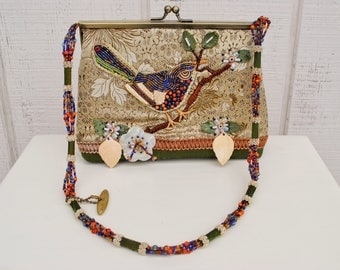 Vintage Mary Frances Purse Handbag Hand Bag Clutch Beaded with Flowers and Bird Beads Beadwork Shoulder