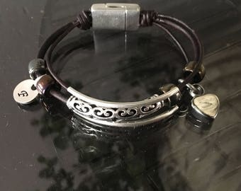 Urn Bracelet Leather - Ashes Jewelry - Remembrance Jewelry - In Memory of Addison Ann - Custom - Cremation Jewelry - Loss of a Loved One