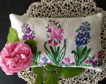 Lavender Sachet, Lavender Pillow, Hand Made, Embroidered, Flowers, UK Seller, Hand Embroidered