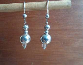 Sterling silver bead earrings ( .925 )