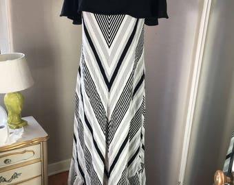 Vintage Maxi Dress, 1970's prom dress, Cape Collar, Flared Skirt Maxi, 70's formal dress, Black and white, Chevron dress, Mod, Monochrome