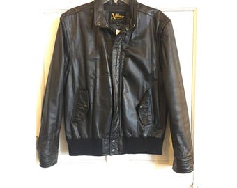 70s black leather bomber | 40