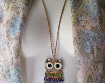 OWL Necklace Painted enamel on goldtone metal Mod costume jewelry