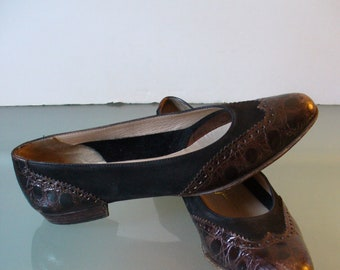 Salvatore Ferragamo Made in Italy  Leather Wingtip Flats Size 6.5 AAA US