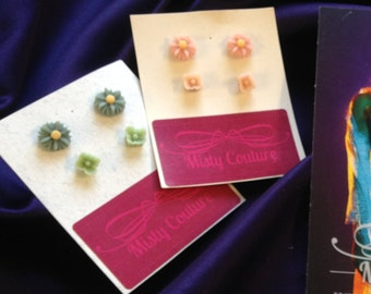 2 SET of earrings in multiple colours. (Green and Pale pink)
