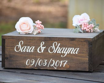 Personalized Wooden Cake Stand - Engraved Cake Stand - Rustic Wedding Cake Stand - Rustic Cupcake Stand - Wooden Cake Stand - Cake Crate