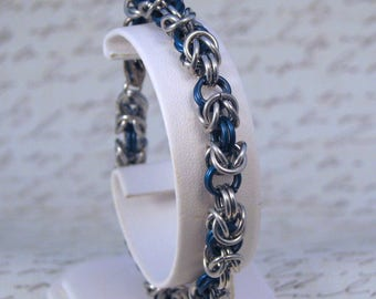 Blue and Silver Aluminum Byzantine Link Chainmail Bracelet, Byzantine Weave Bracelet, Chainmail Jewelry, Gift for Her, Aluminum Bracelet