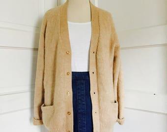 1970's Vintage Peruvian Tan Light Brown Alpaca Wool Cardigan Pearl Buttons Grandpa Boyfriend Medium Large