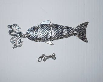 Vintage fish pendant 1970s silver tone metal jointed 4""